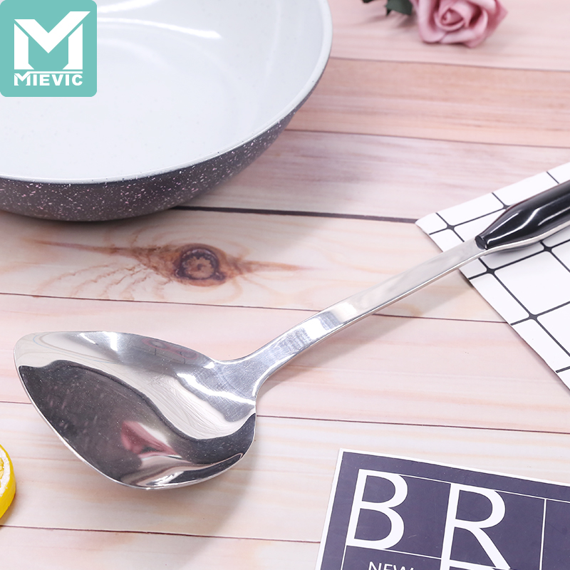 QF stir-frying shovel with no magnetoelectric wooden handle 3598-1 662684